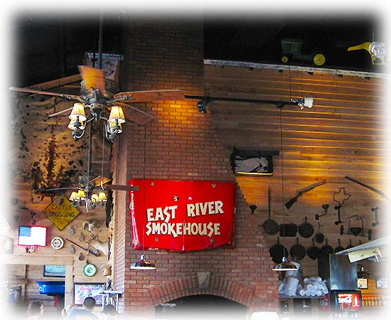 east-river-smokehouse-navarre-bbq-pit