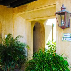Formed Concrete Entryway with Plaster Finish – Stallworth Preserve, Santa Rosa Beach, FL
